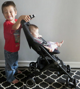 US Japan Fam reviews the world's smallest folded stroller - the GB Pockit